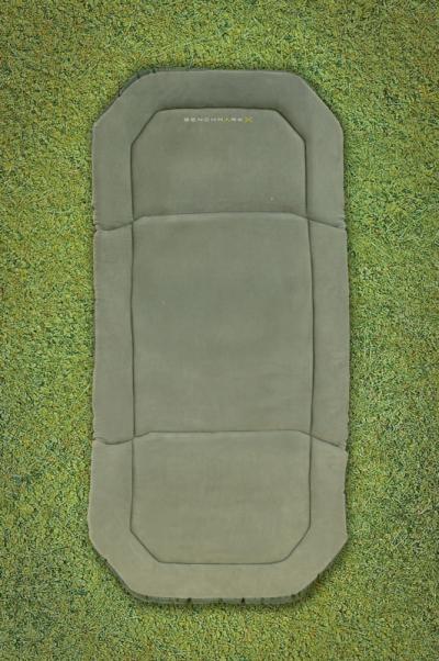 Lehátko - Avid Carp Rock Steady Benchmark Beds