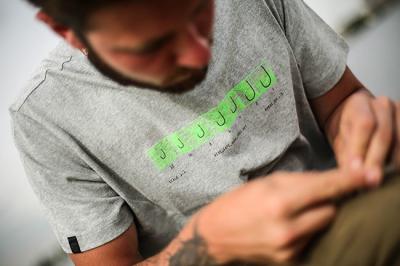 Tričko KORDA Hook Spec T-Shirt