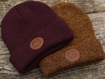 Čiapka Avid Carp Beanie Hat - burgundy