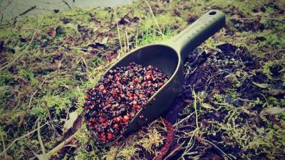 Lopatka na kŕmenie RidgeMonkey zelená